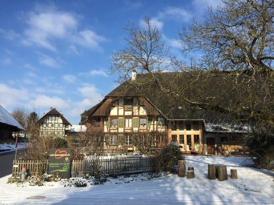 Bauernhaus - Standort Firma mit-haerzbluet.ch gmbh