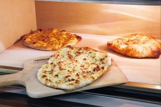 Pizza aus dem Elektro-Steinbackofen